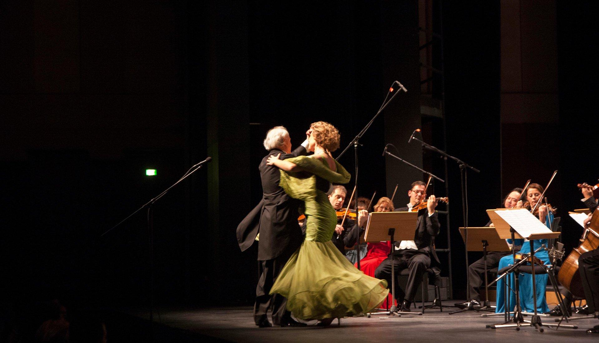 Strauss Vienna Orchestra - Σκηνή